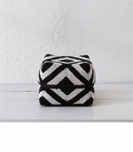 Black & White Bead Basket w Lid / Size 3