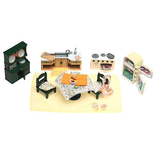 calico critters kitchen set & accessories (colors/styles vary