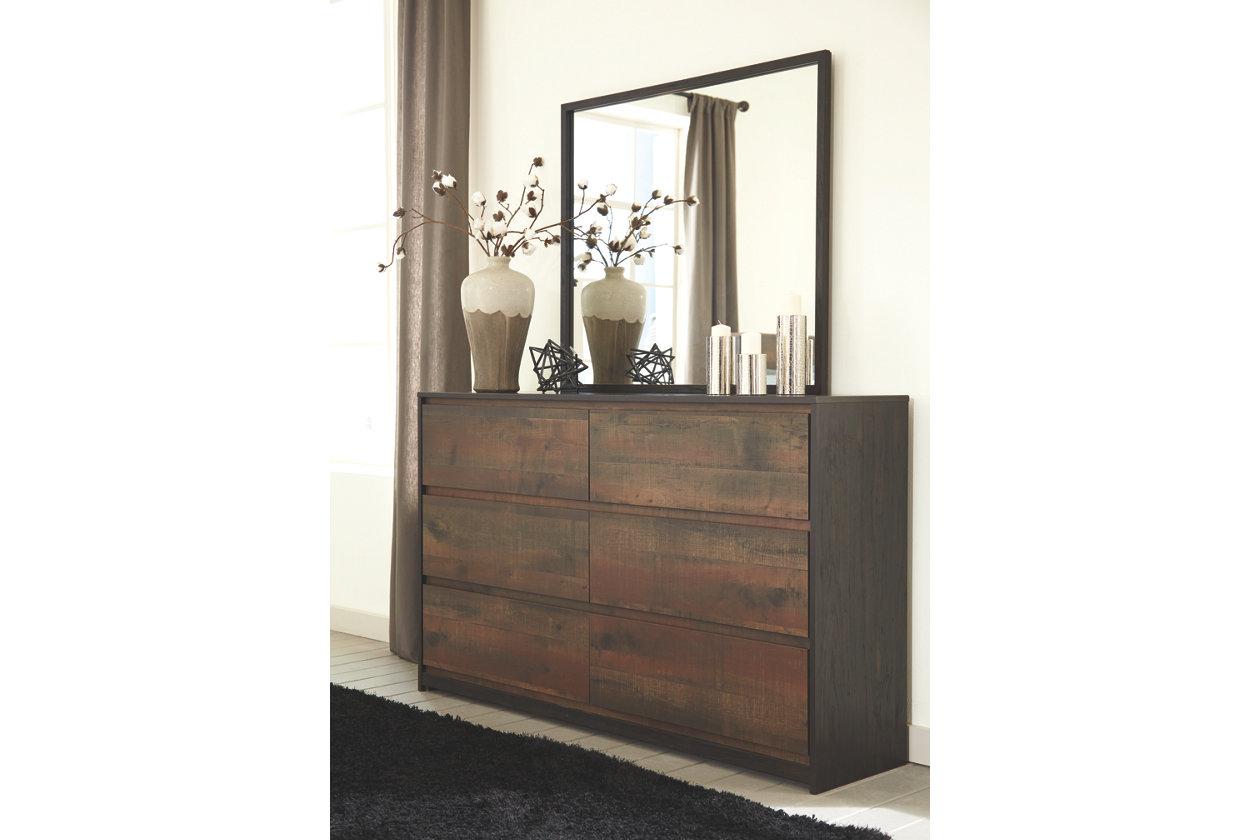 Dressers   Ashley Furniture HomeStore   Bedroom Decor   Pinterest ...