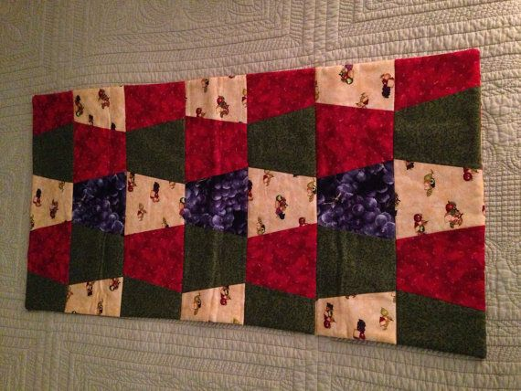 Christmas Tree Table Runner in Red & Green