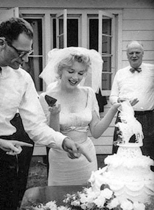 Marilyn Monroe Marilyn Monroe Wedding Marilyn Monroe Photos Empire Waist Wedding Dress