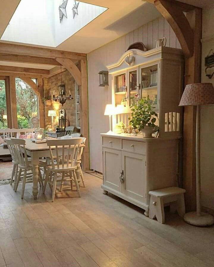 Dining Area In Kitchen: Decoração Chique