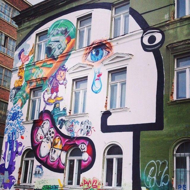 Voir Leipzig pleurer #joie #streetart by claireicono