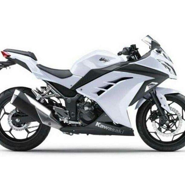 White Kawasaki Ninja awesome still wanna get a bike maybe next year. Ughhh I will own one and ride everyday.
