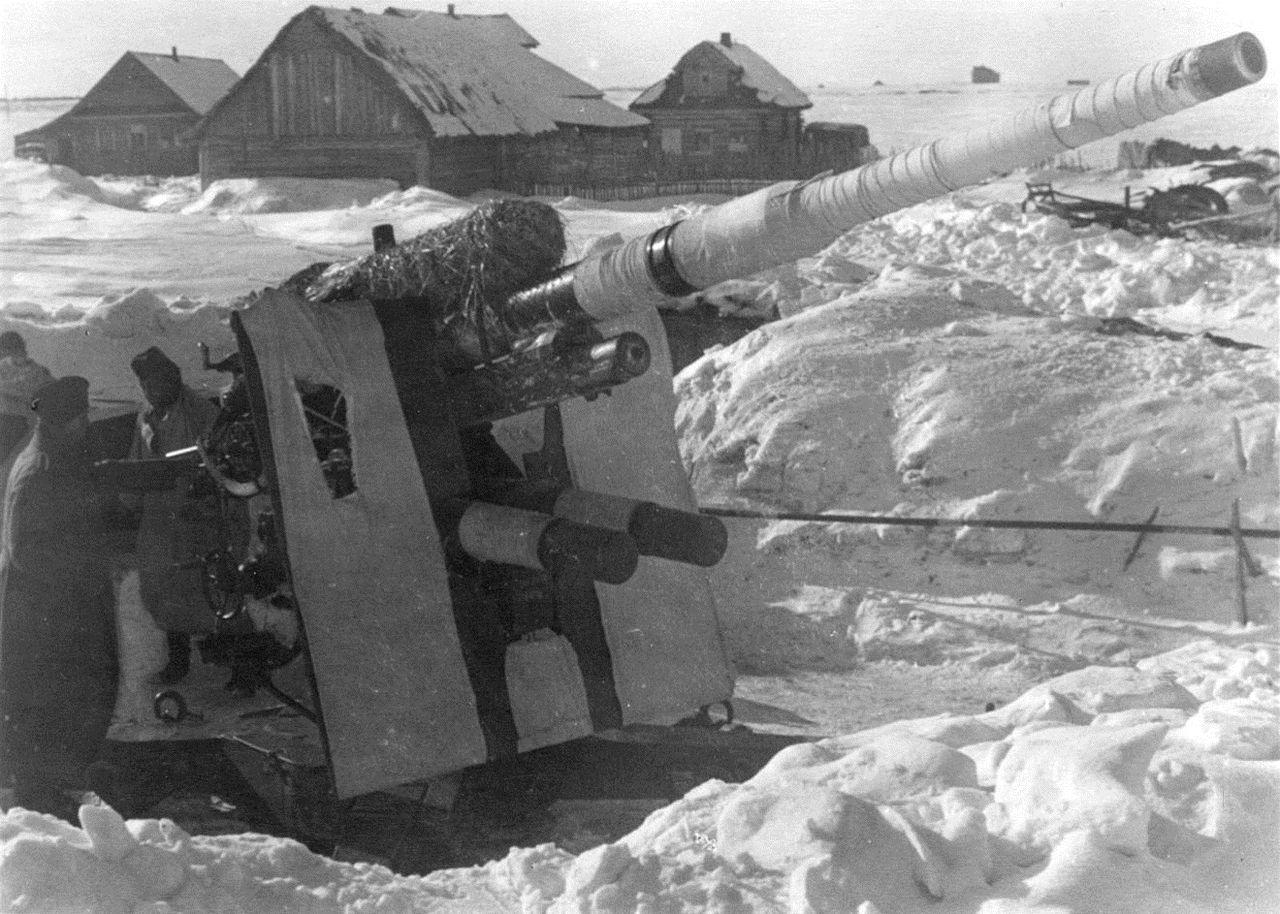 German 50 Mm Anti Tank Gun: 8.8 Cm Flak 36/37 Near Rzhev In Early 1942.