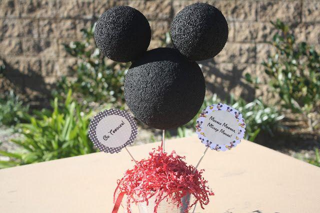 Meeska Mouska Mickey Mouse 3rd Birthday Partayyyyyy « Fancy Ashley~Mickey Mouse Party Decor