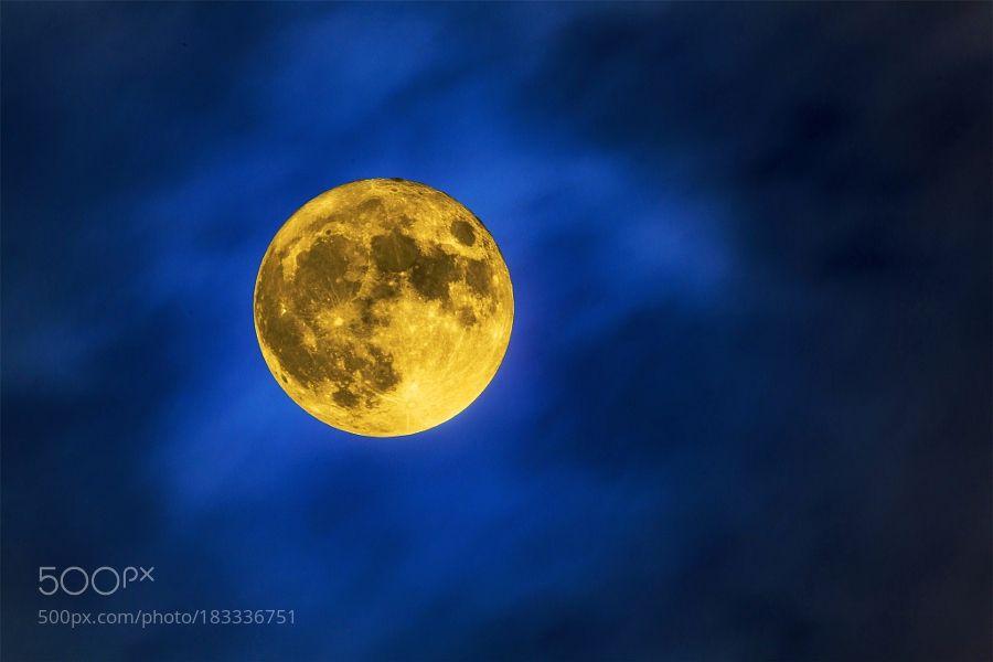 Super Moon night sky by Jarmila