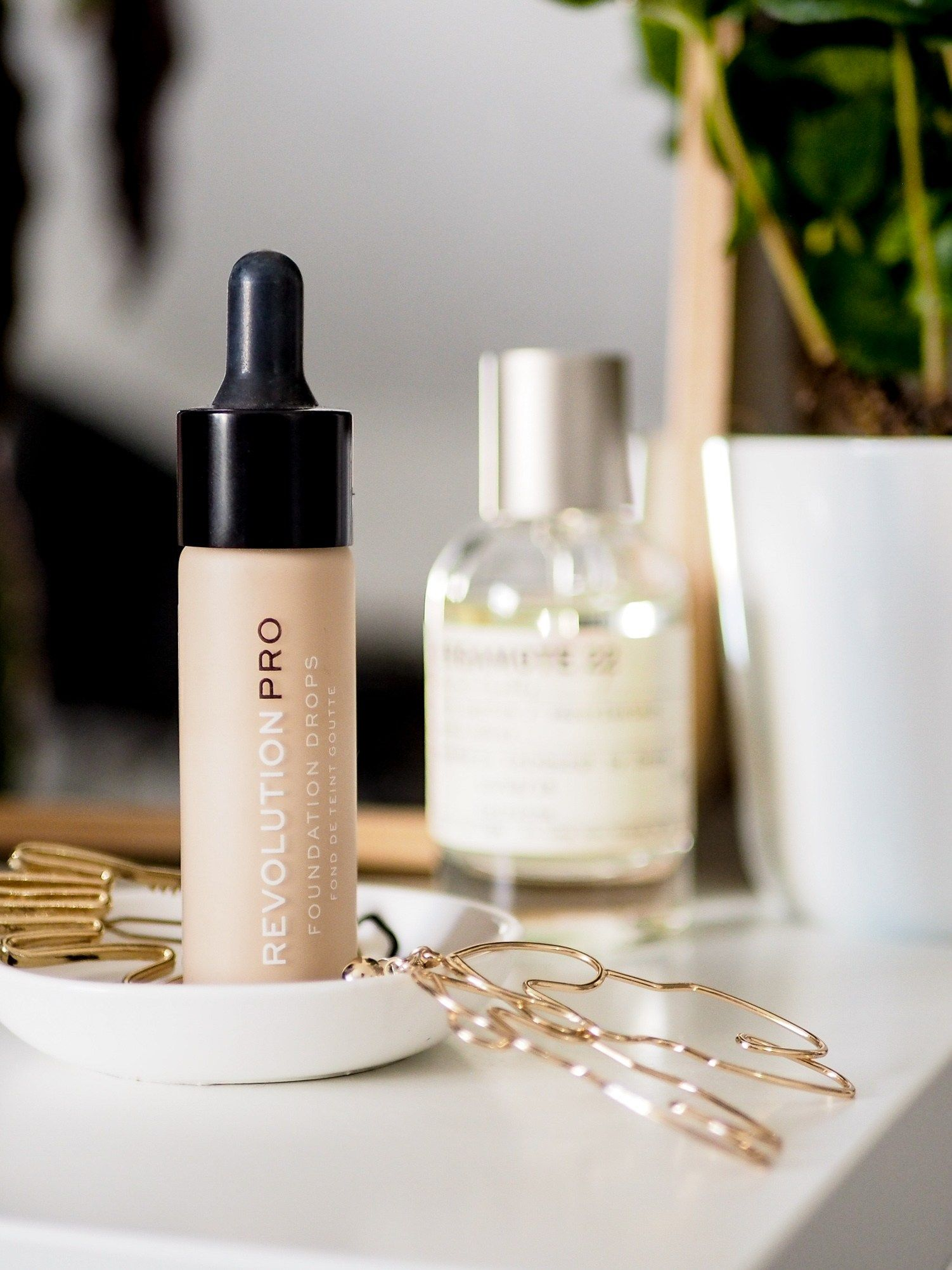 My Favourite Drugstore (or budget) Foundations Eye