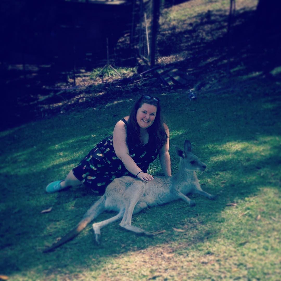#kangaroocuddles #currumbinwildlifesanctuary by mazza1506 http://ift.tt/1X9mXhV