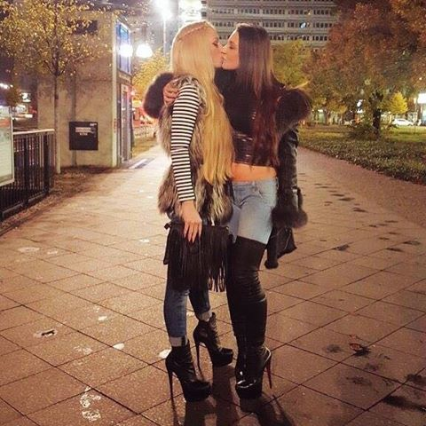 Blonde Girls Giving Blowjobs