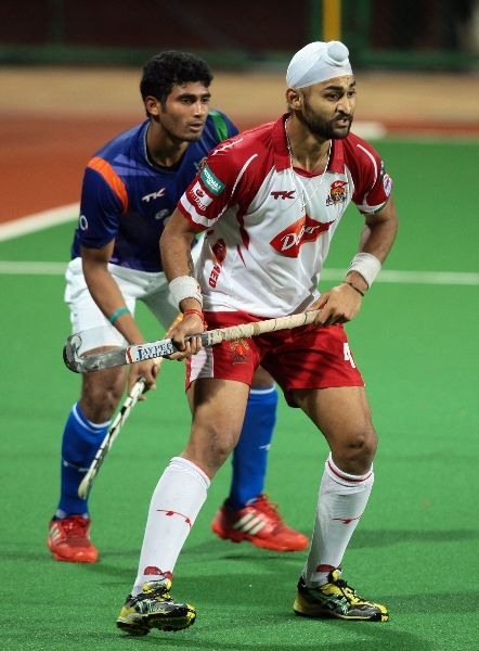 Sandeep Singh From Mm In Action Against Upw Running