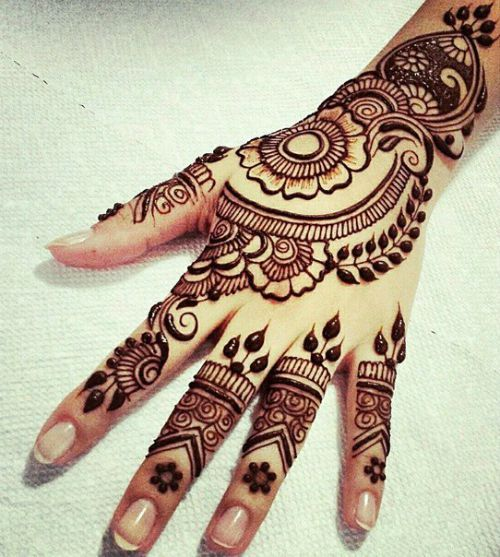 Let these gorgeous Mehendi designs act as your accessory for your fingers! Here are 25 beautiful & unique ways to wear Mehendi. http://www.beautyepic.com/mehndi-designs-for-fingers/