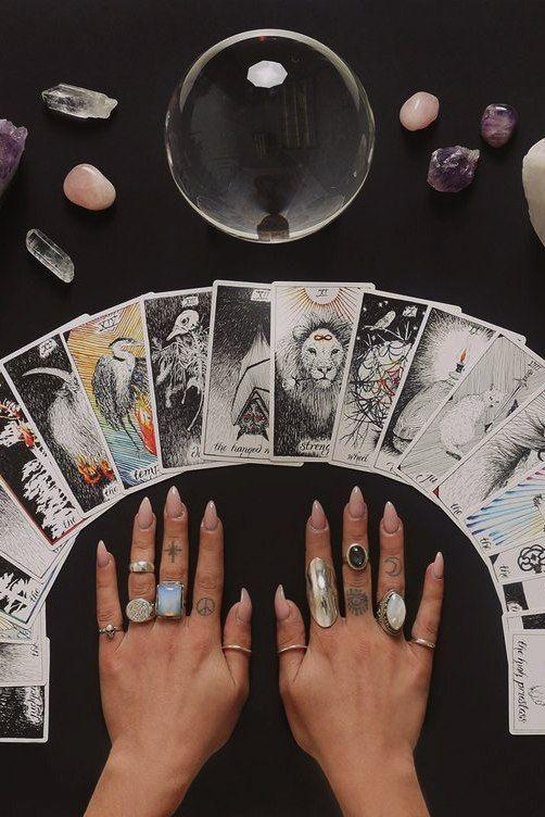 Ведьма карты как играть играть карты пасьянс 2 масти