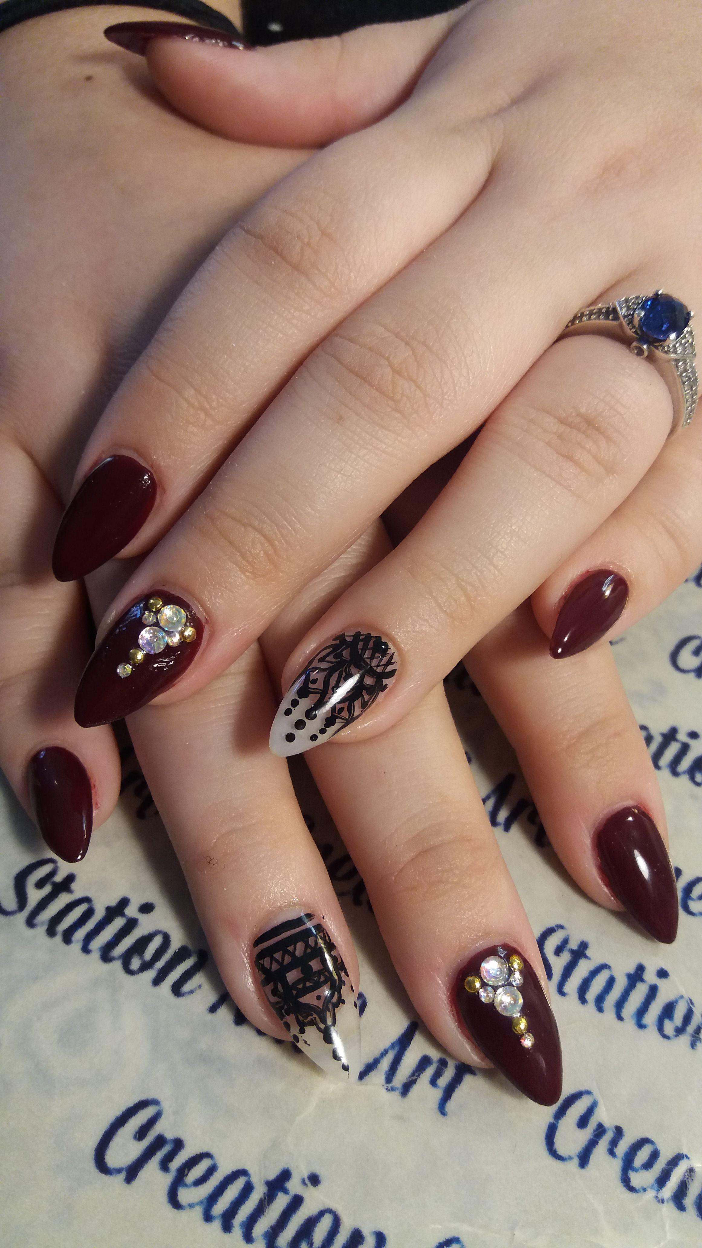 Pin by Nichole Ingram on TOP Nail Art   Henna nails, Lace