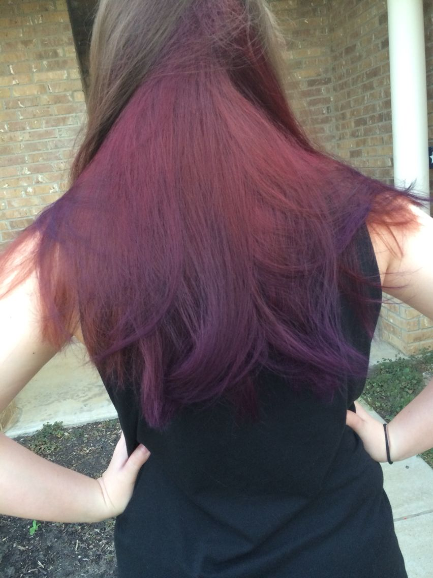 Manic Panic Ombre I Used Vampire Red And Ultra Violet With No Bleach On Dark Brown Hair Manicpanic V Bleach Hair Color Brown Hair Balayage Hair Dye Tips