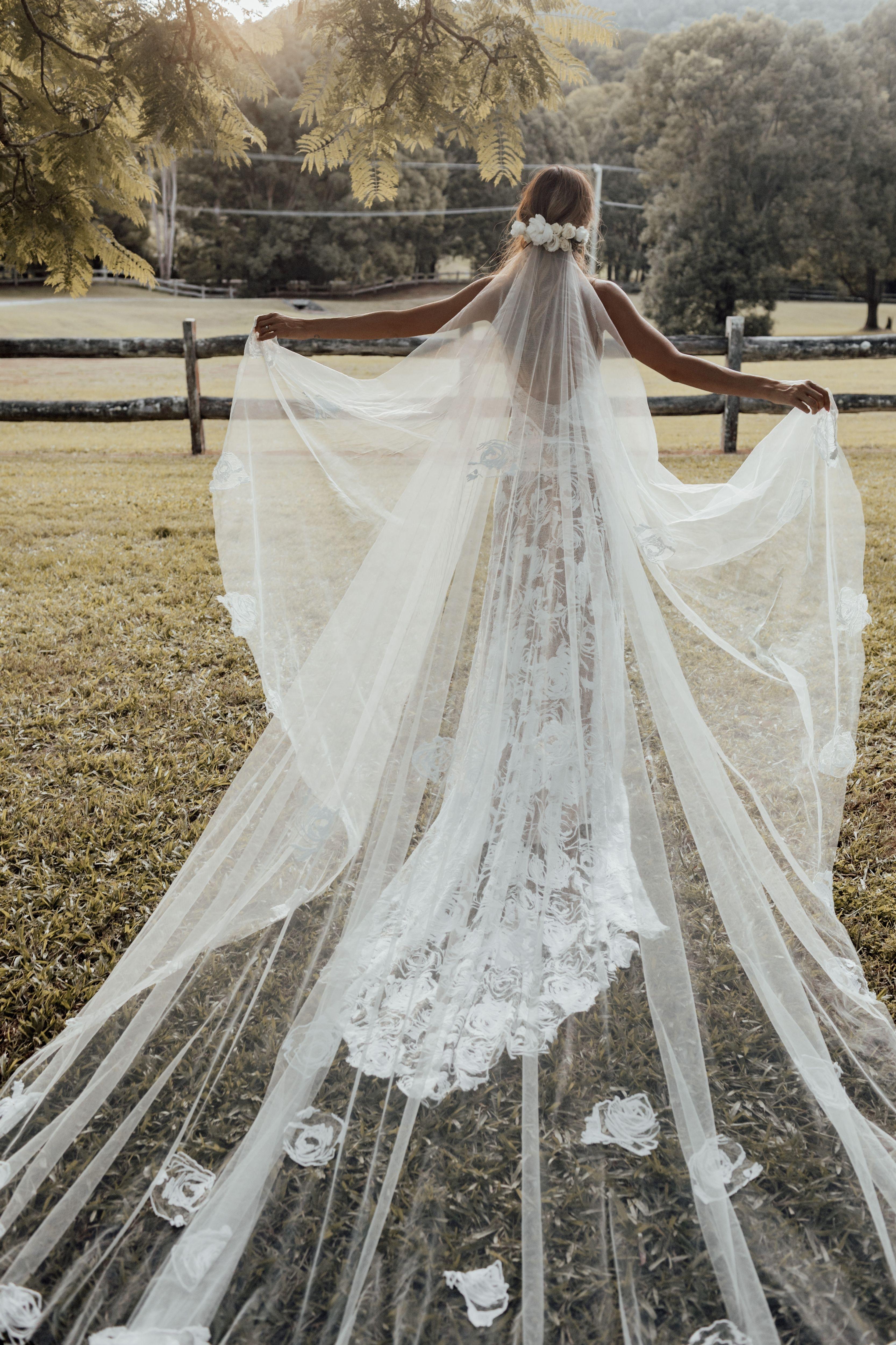 Wedding Veils Long Short Bridal Veils Grace Loves Lace Grace Loves Lace Wedding Wedding Dresses Simple [ 5000 x 3333 Pixel ]