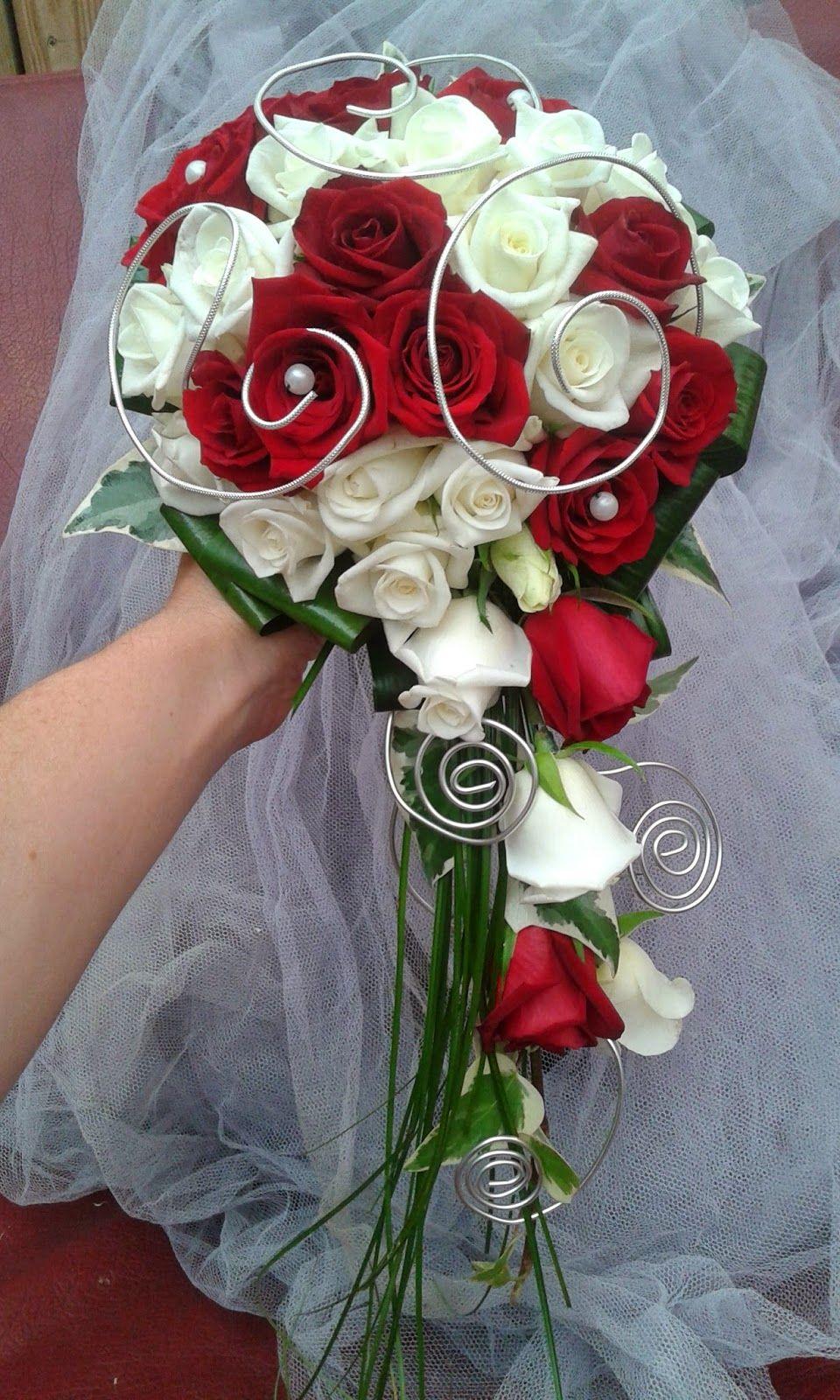 Bouquet Rouge Et Blanc Bouquet En 2019 Bouquet Mariee