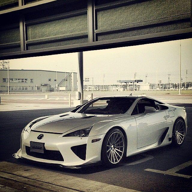 Sorry haven't been around...let's start with this baby... #Lexus #LFA on some cool wheels