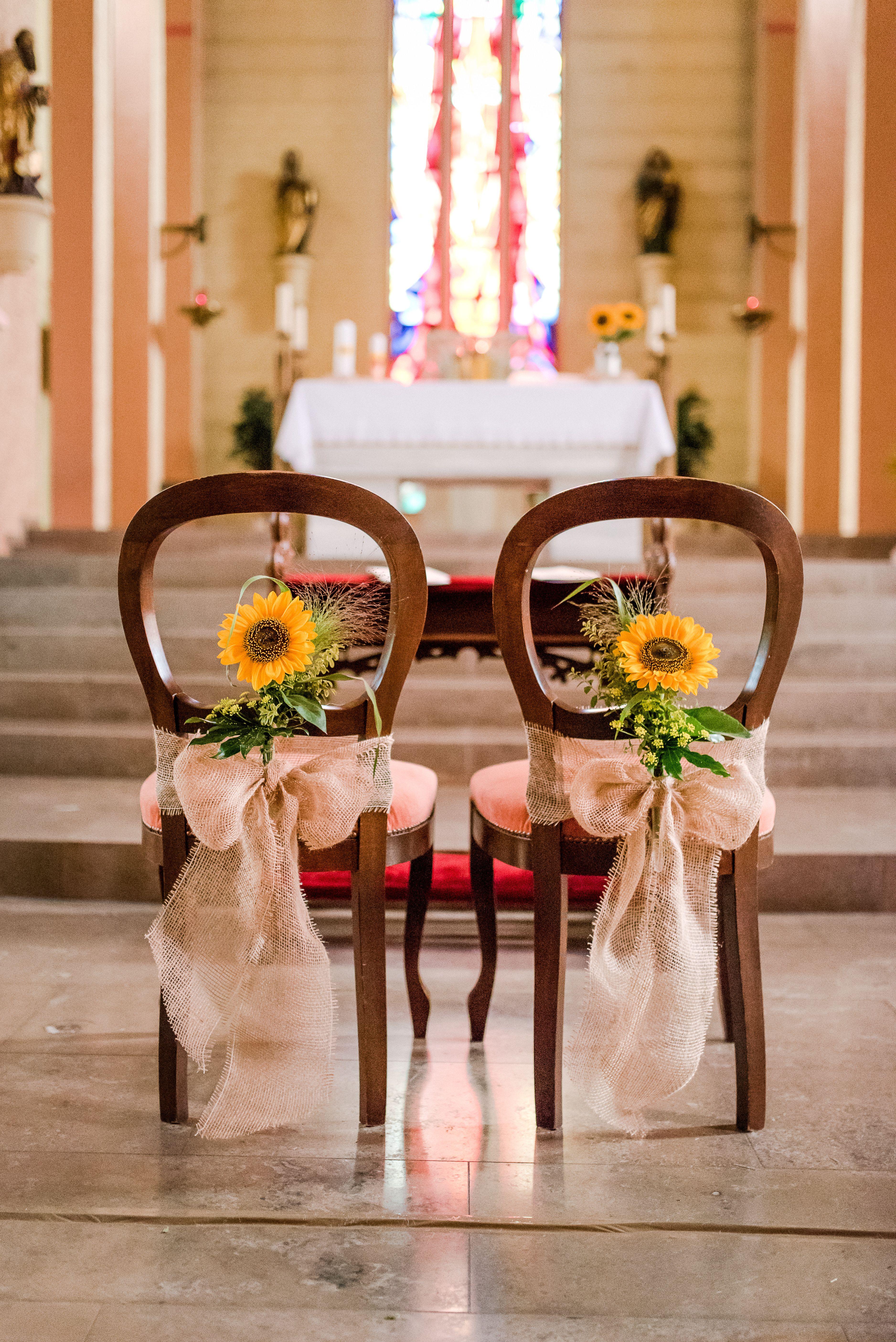 Sonnenblumen Hochzeitsdeko Fur Die Kirchliche Trauung Sonnenblumen Hochzeit Kirchliche Hochzeit Hochzeitsdeko