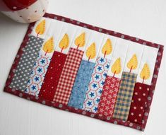 Celebration Candles (QAYG) Mug Rug #tischsetnähen
