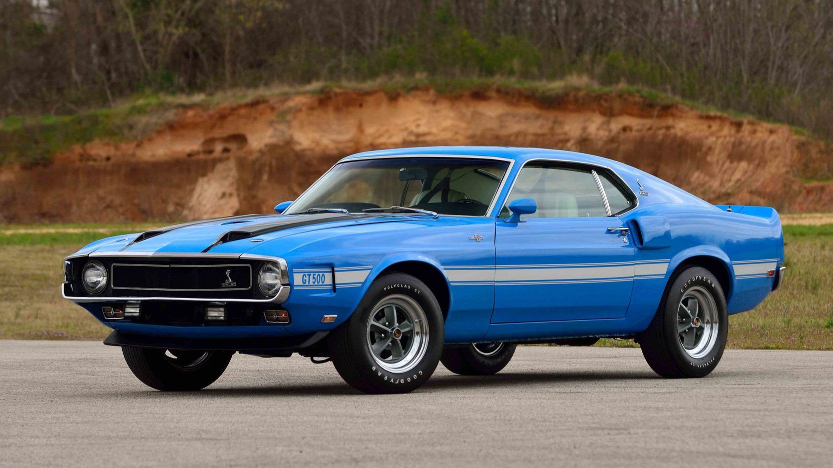 1970 ford mustang shelby gt 500 in grabber blue
