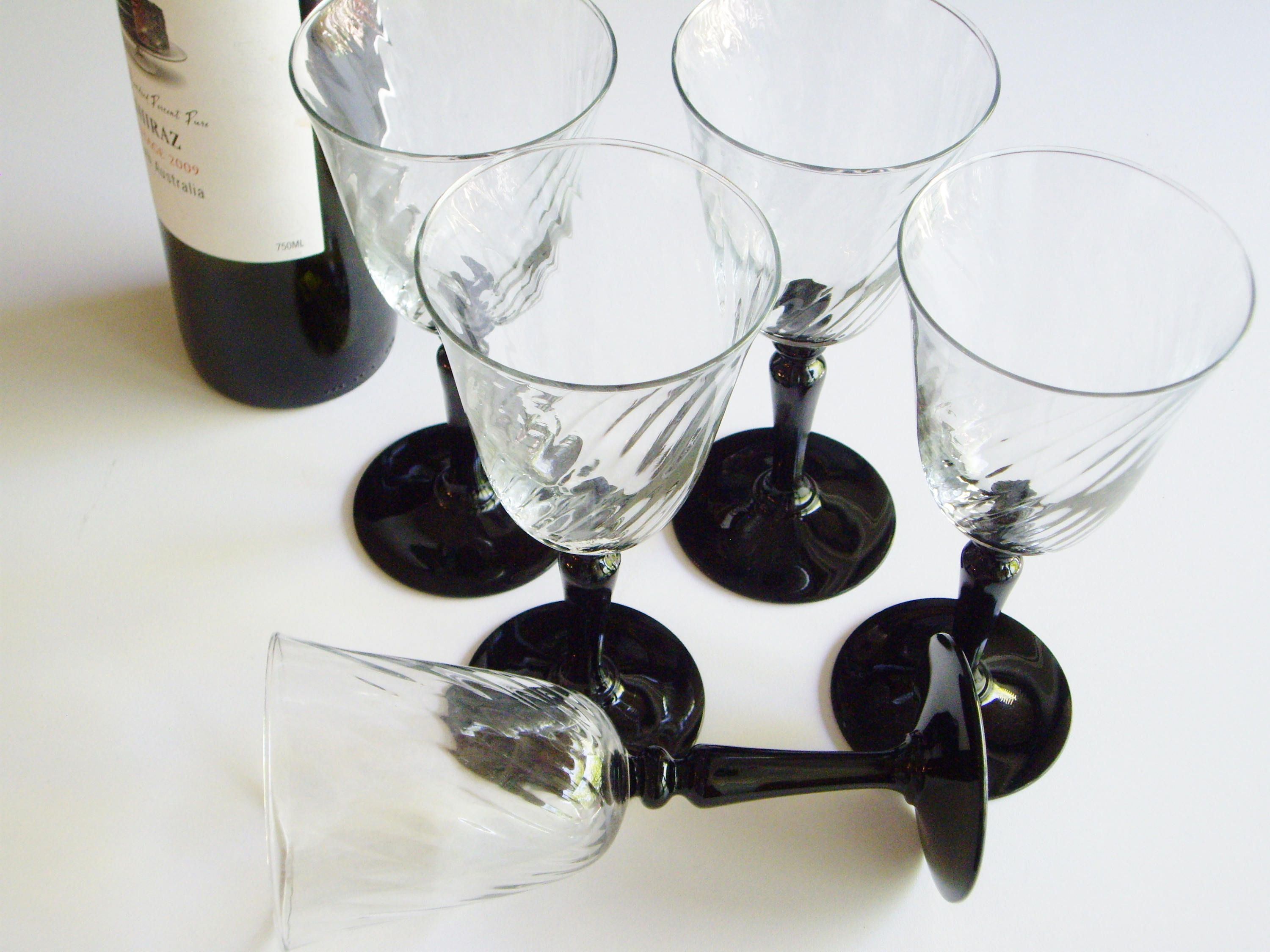 Wine Glasses With Black Stems Vintage Wine Glasses Luminarc France Verrier D 39arques