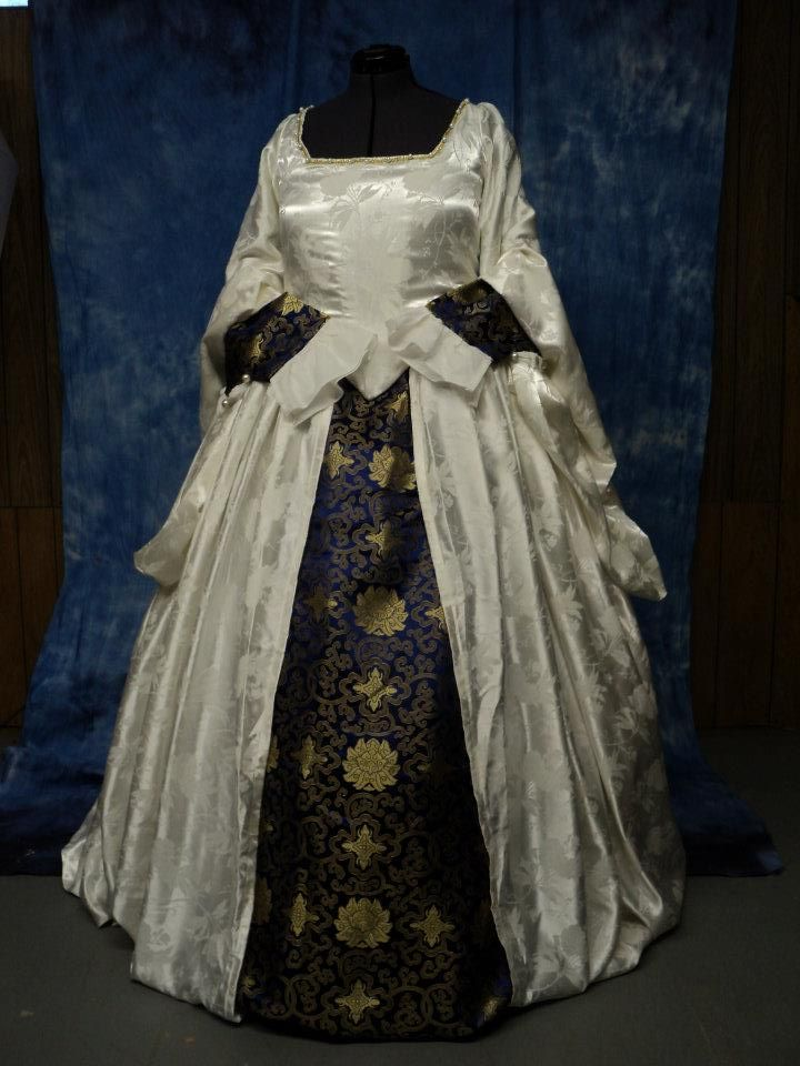White Tudor Gown with Blue/Gold Brocade Foresleeves and Underskirt ...