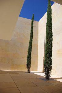CREATE SOMETHING UNIQUE with our sandstones, limestones and marbles. NATURAL STONE /// CREA ALGO ÚNICO con nuestras piedras areniscas, calizas y marbles. PIEDRA NATURAL /// www.areniscas.com