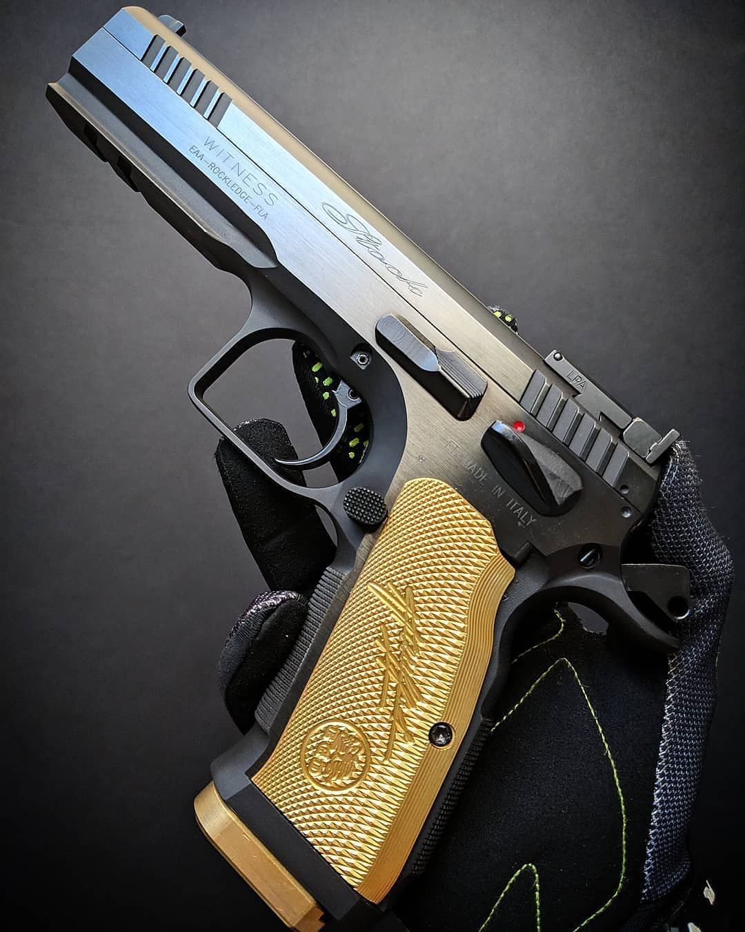 High Quality Magazine Speedloader Manufactured In The Usa In 2021 Hand Guns Firearms Guns