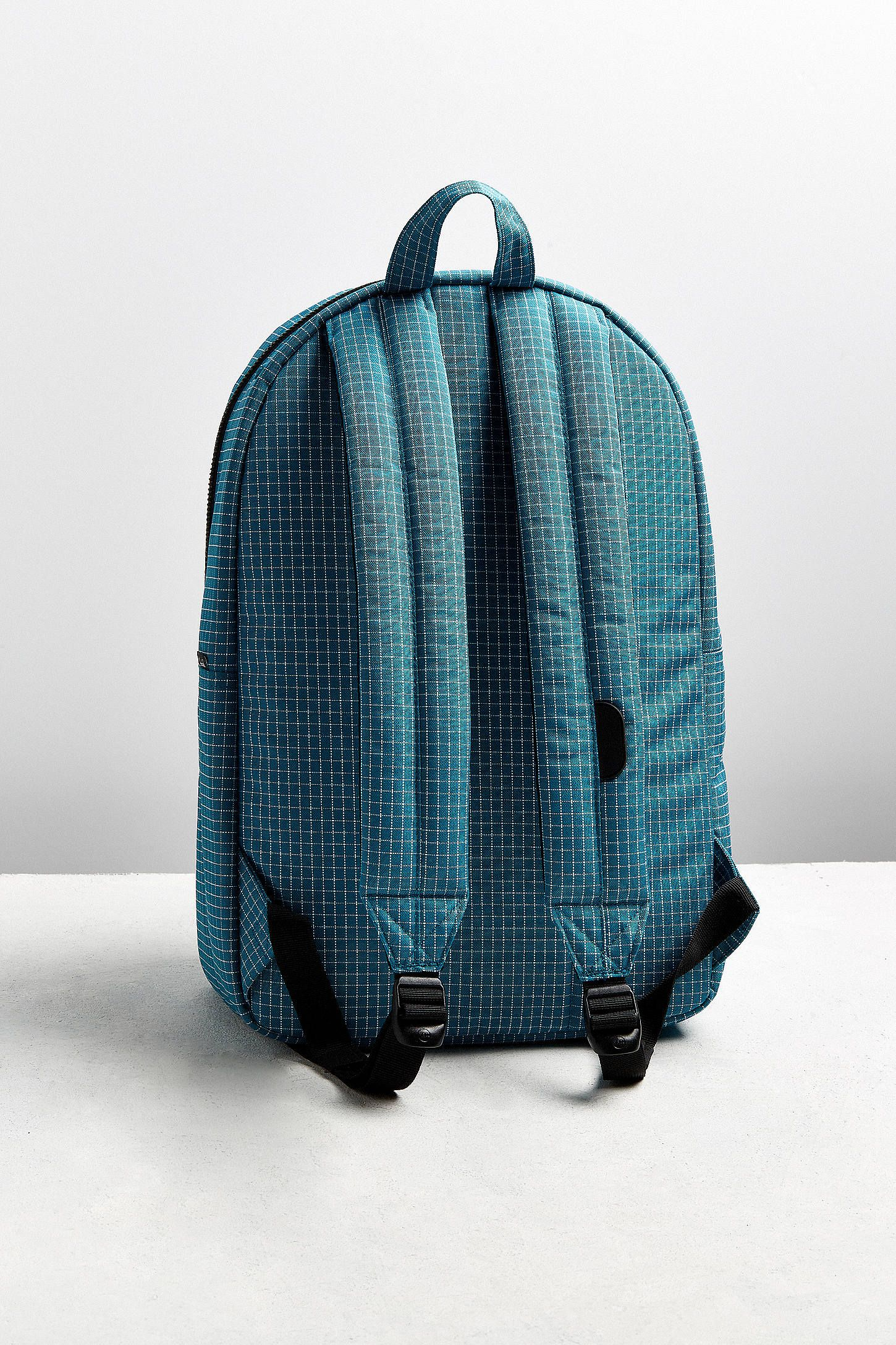 1783af7447a3 Converse Original Reflective Rain Backpack. Nike.com