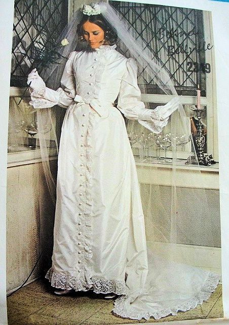 1960s ROMANTIC BRIDAL DRESS WEDDING GOWN PATTERN VICTORIAN STYLE ...