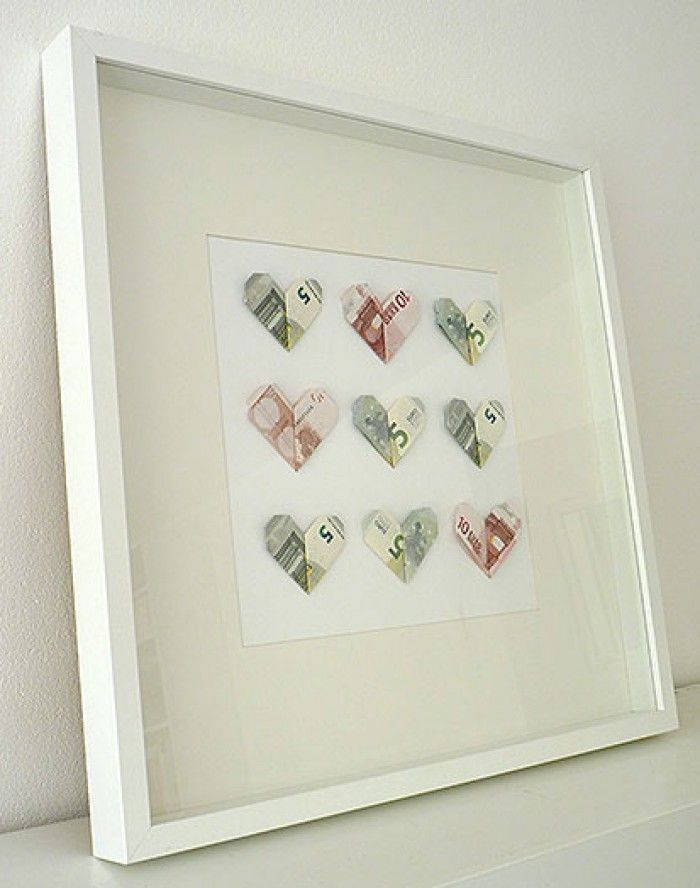 Creative money gift for a wedding. There are even more ideas on www.Spaaz