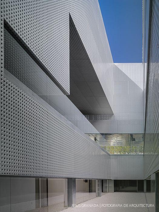 Mgm centro hospitalario ictam instituto cartuja de t cnicas avanzadas en medicina sevilla - Arquitectura tecnica sevilla ...