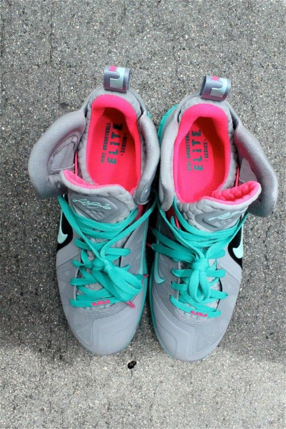 size 40 bc4e3 3bc8a Sobe Lebron 9, Miami Vice, Running Shoes, Sneakers, Fashion, Trainers,