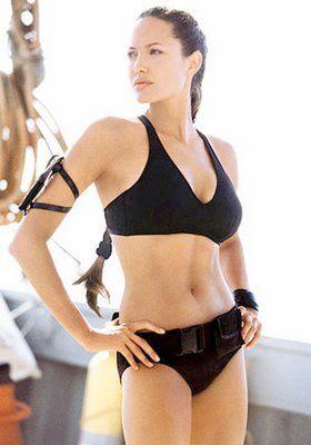 Angelina jolie tomb raider bikini