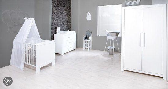 Babykamer Bateau Wit.Afbeeldingsresultaat Voor Babykamer Wit Babyroom Babykamer Wit