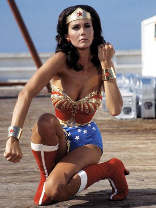 Networks Look Ahead To Fall By Looking Back Usatoday Com Wonder Woman Linda Carter Lynda Carter