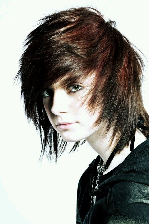Such A Cute Hairstyle Emo Hairstyles For Guys Cute Emo Boys Emo Scene Hair