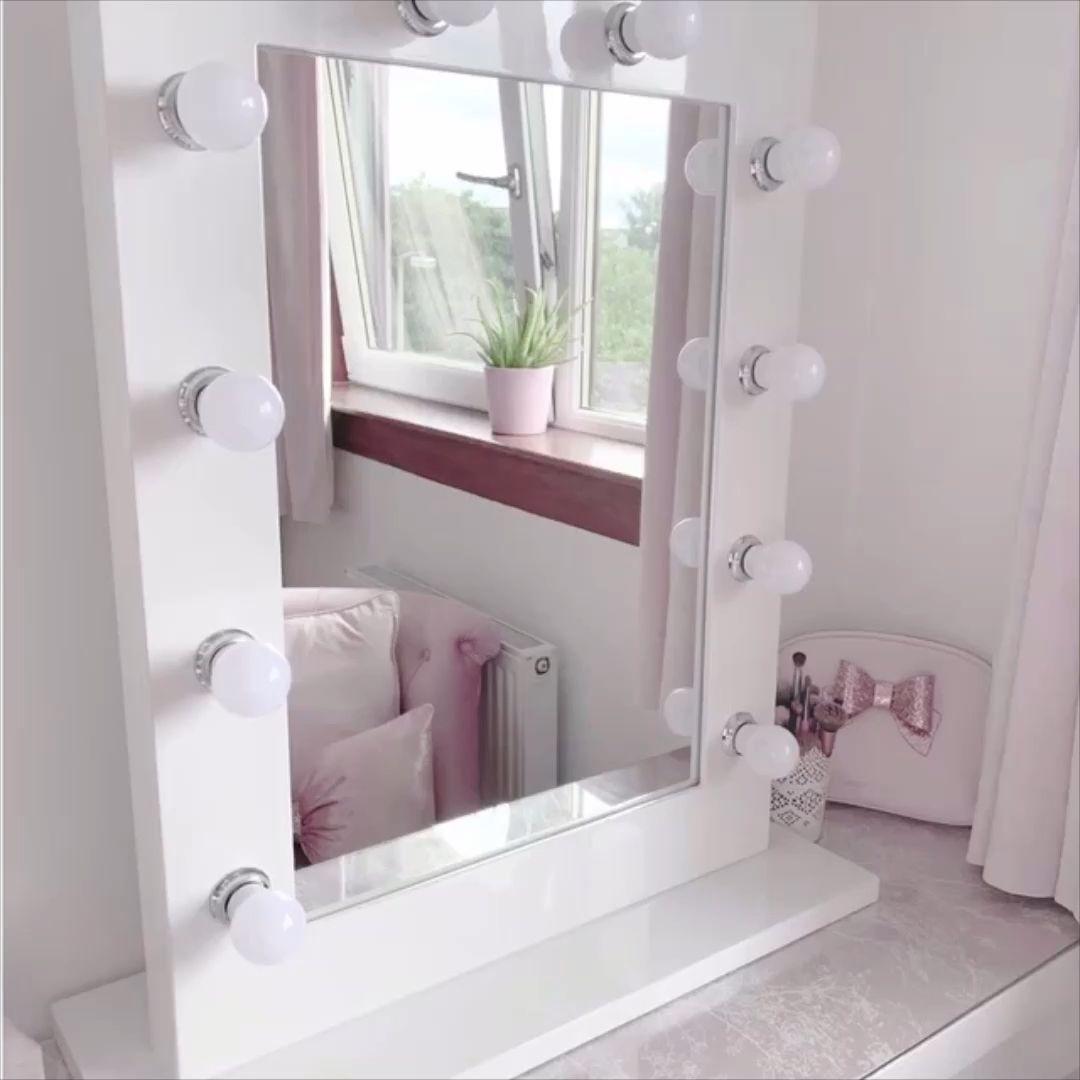 14 makeup Light table ideas