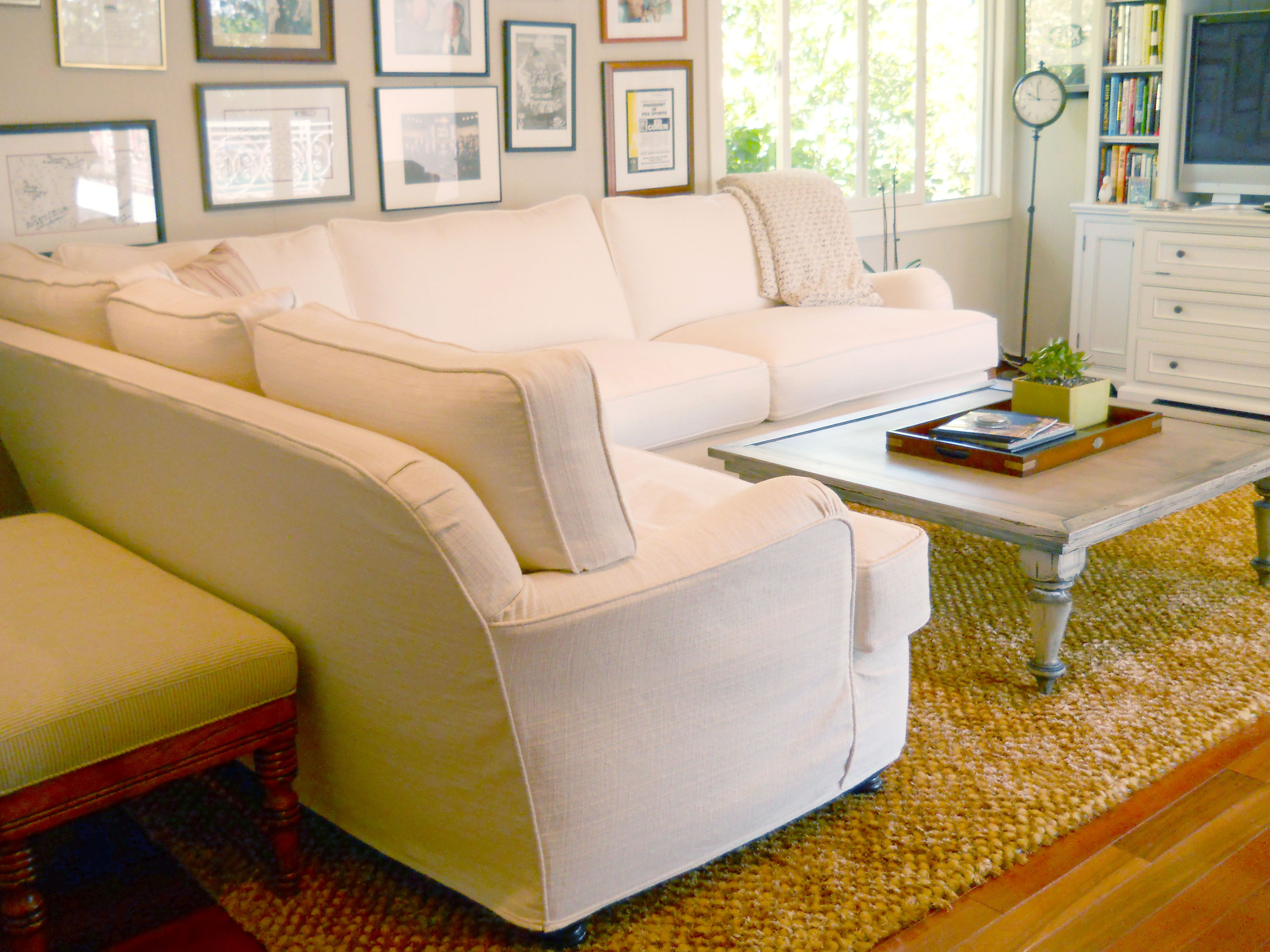 Quatrine Ivory Slipcovered Modern Milan Sectional And Distressed Danbury  Coffee Table