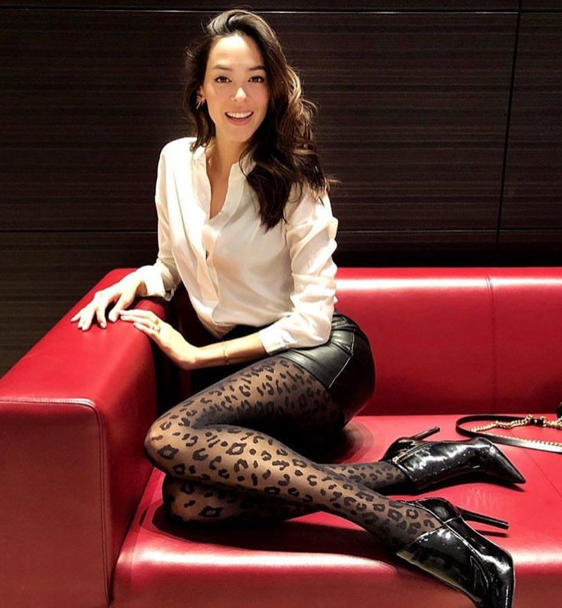 """67991916305f Calzedonia Official en Instagram  """"In trend  ready for the night in   Calzedonia leopard tights!  Tights MODC1411   italianLegwear  leopard"""""""