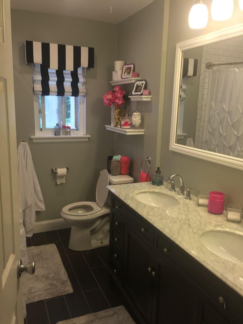 decorating a gray bathroom