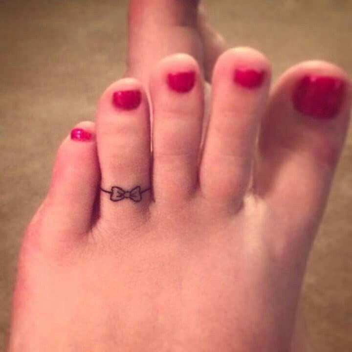 Pin By Mandii Babiee On Art Toe Tattoos