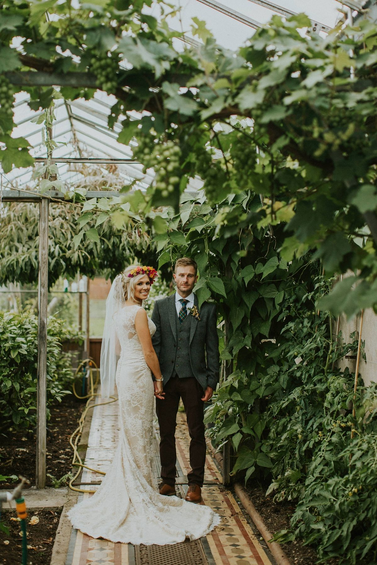 scottish wedding traditions handfasting