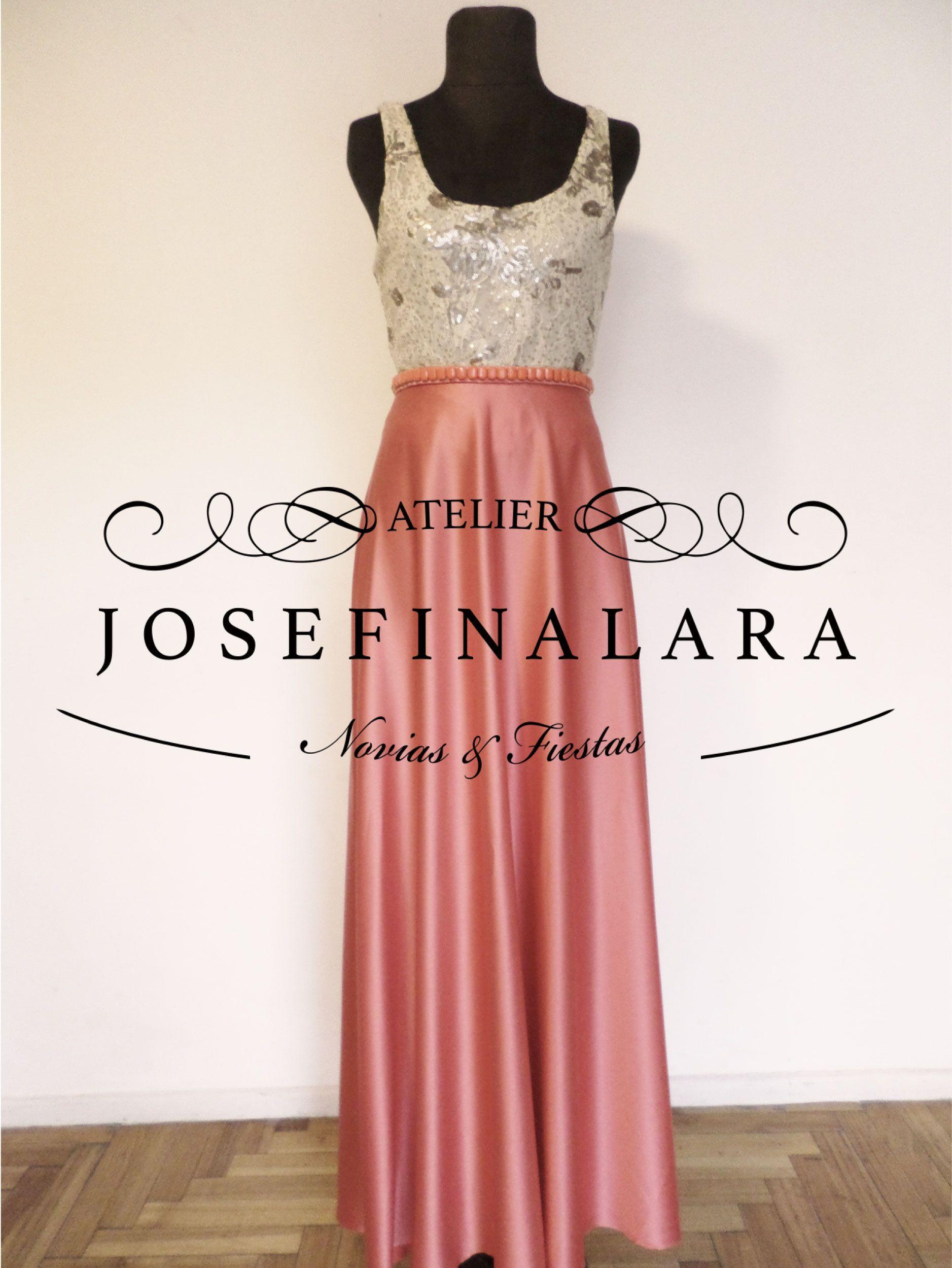 Top de encaje bordado y maxi falda de saten | Atelier JosefinaLara ...