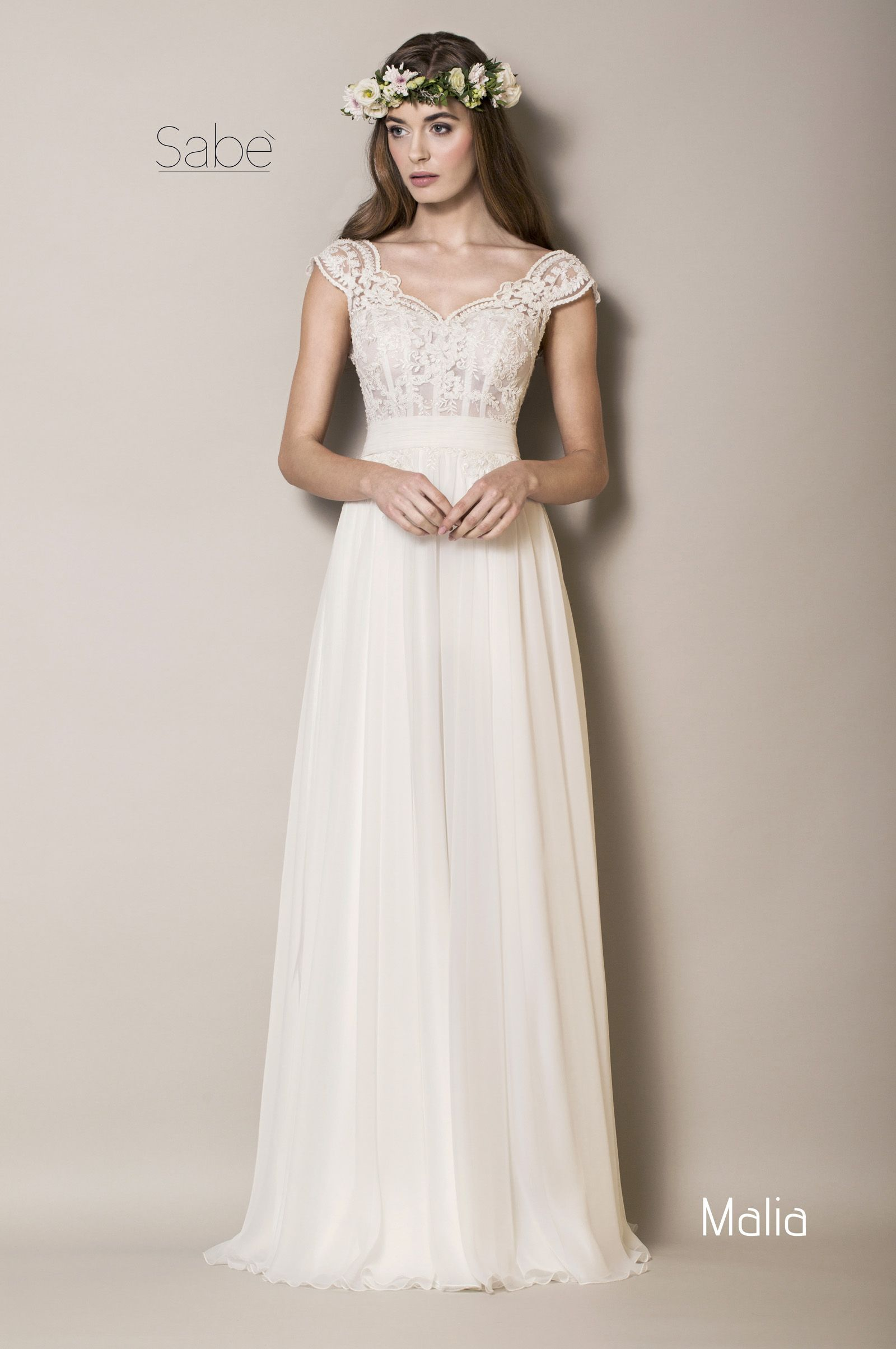Lisa Robertson In Wedding Dress - Harmony suknie lubne sabe salon lubny krak w gracja