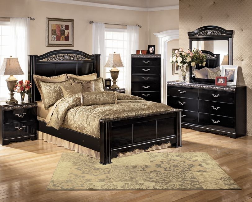 A Great Bedroom Layout Using Ashley Furniture Products. Nice Design
