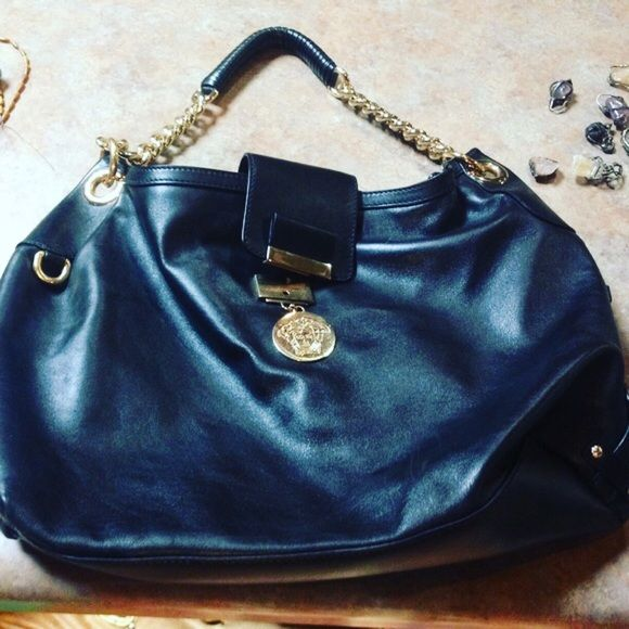 b2e62e8135ed 👜host picked x9👜Authentic Versace purse (AS SEEN IN GOSIP GIRL)Was a  gift