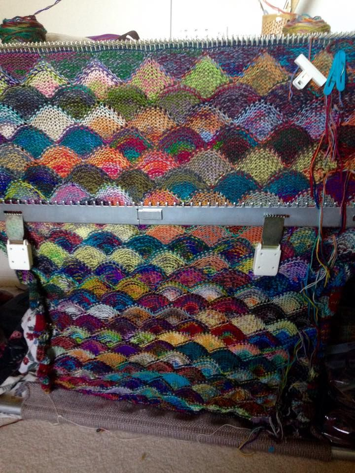 Another version, with some purled rows? | Machine Knitting ...