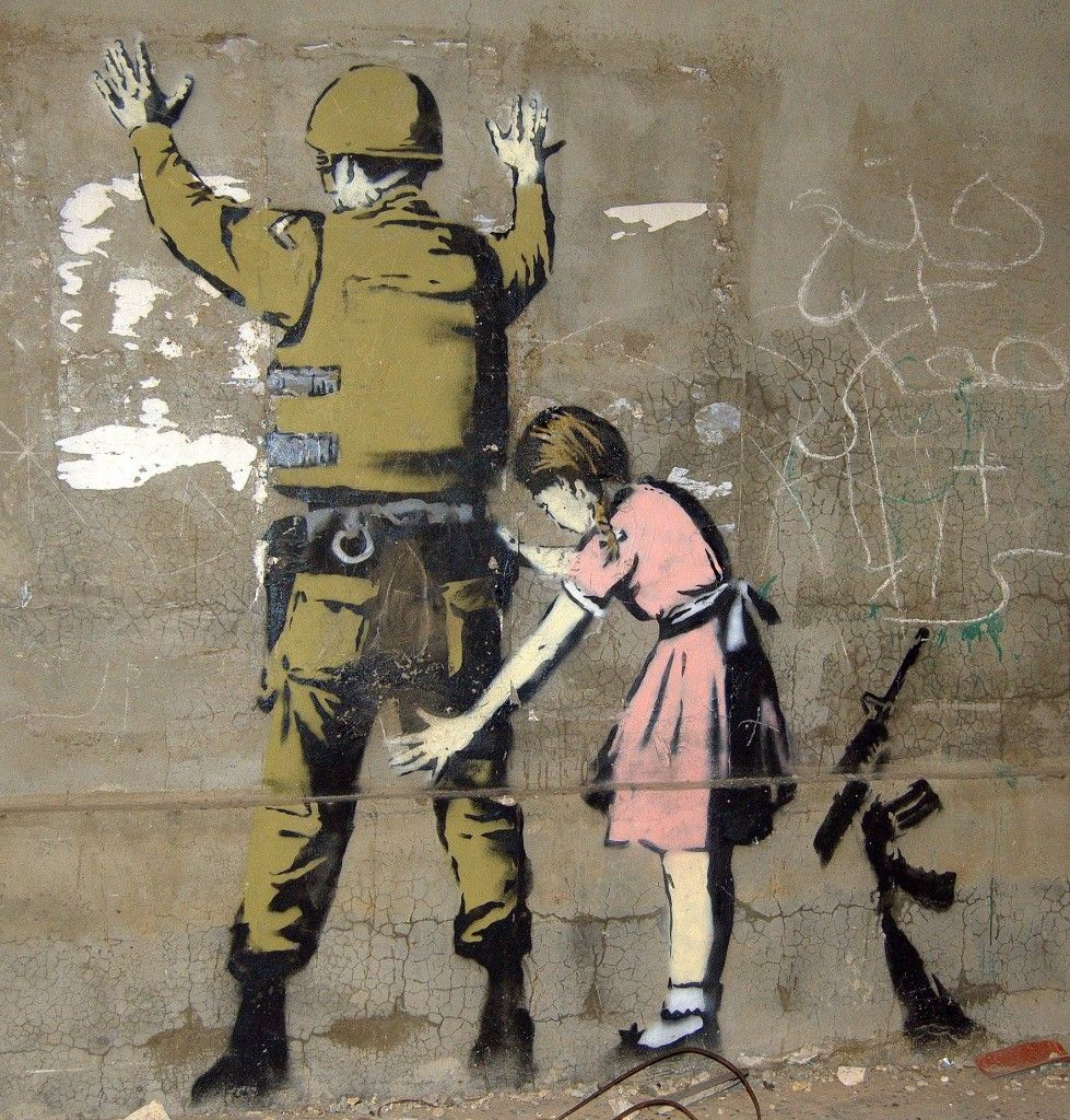 Girl and a Soldier is one of the 2007 pieces that Banksy put up on a wall  in Bethlehem. The innocent little girl is seen frisking …   Mural,  Konstnär, Vackra bilder